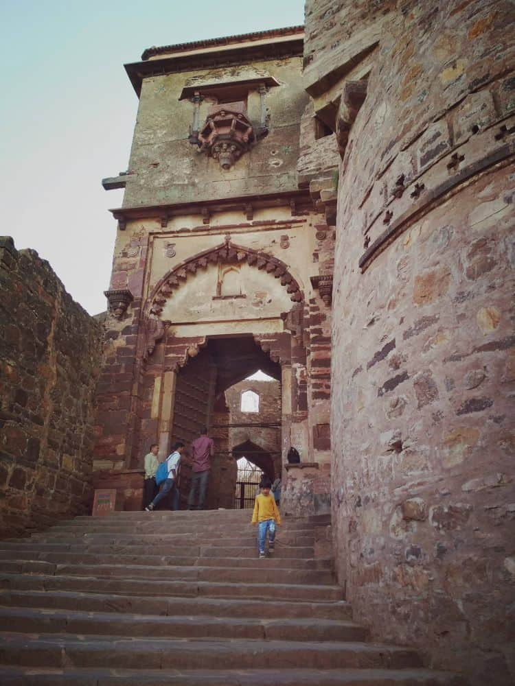 Ranthambore fort with kids alone