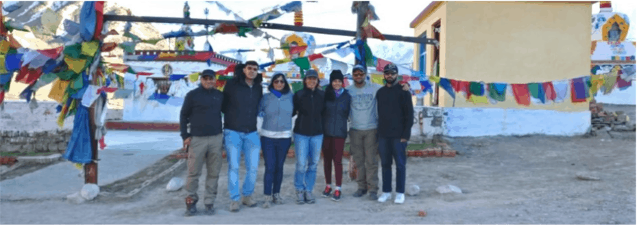 Group at Kunzum Pass on Shared Group Tour