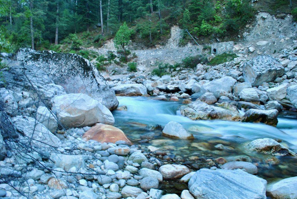 Silky waters of Tirthan near Sainj