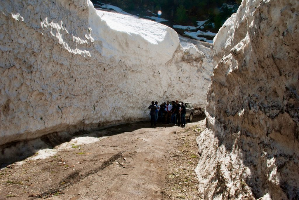 Snow walls at Dharali between Gangotri and Harsil