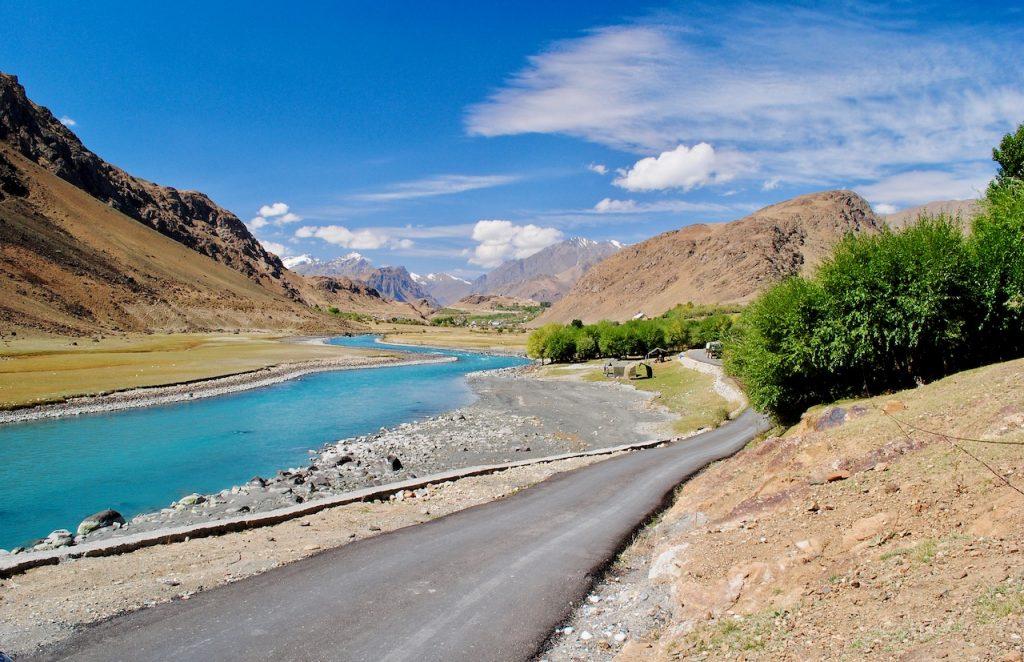 Beautiful views between Kargil to Srinagar journey