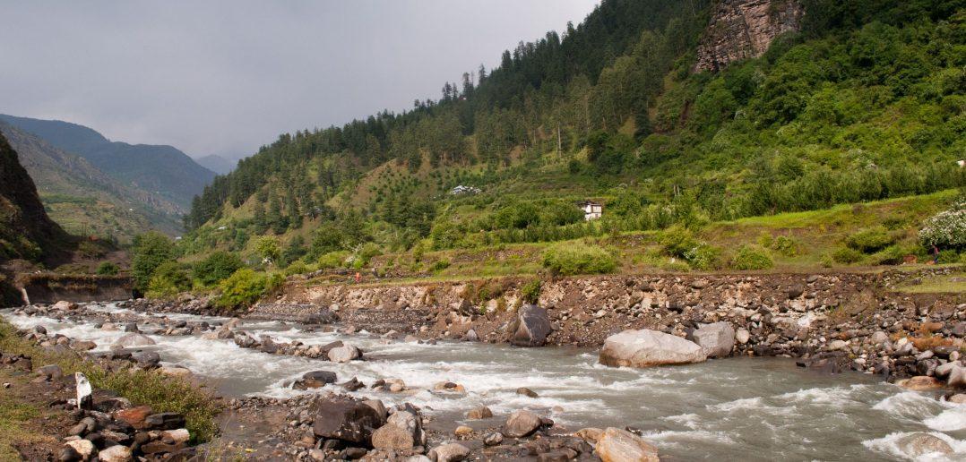 Pabbar Valley - Soaking near the Pabbar River