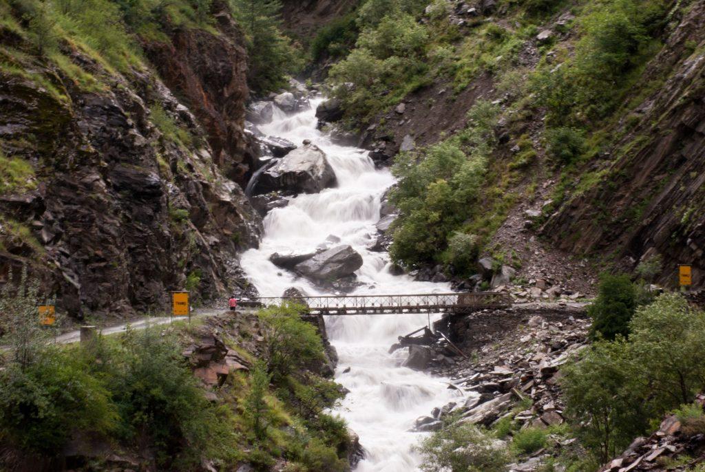 Mammoth Nallah enroute Sach Pass