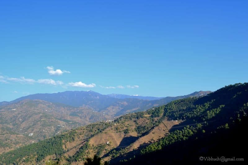 Stunning Hills and Beautiful Greens (Picture Credits - Vibhu)