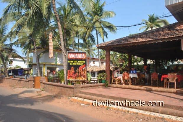 Ezue Bia Guest House behind Angaara restaurant at Candolim Beach in Goa