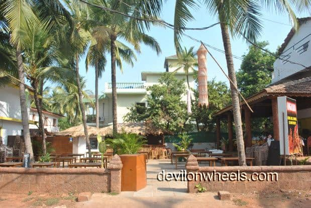 Ezue Bia Guest House at Candolim Beach in Goa