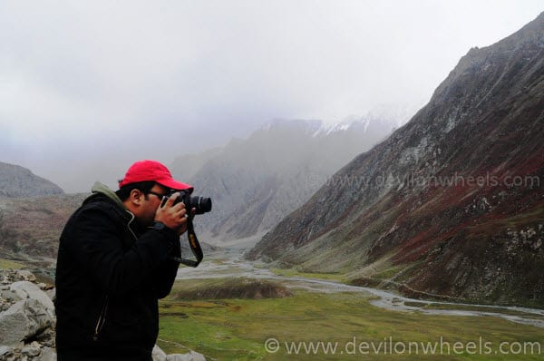 Learning to click at Minamarg on Srinagar - Leh Highway