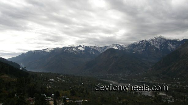 View of Naggar while going from Manali