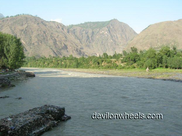 View of Kullu while going to Manali