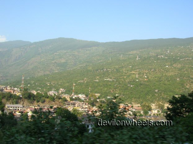 View of Kullu while going to Manali