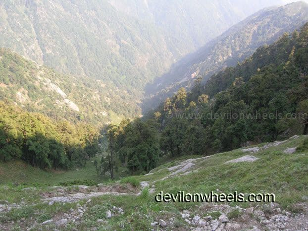 Deep gorges aside trek to Laka Glacier from Triund