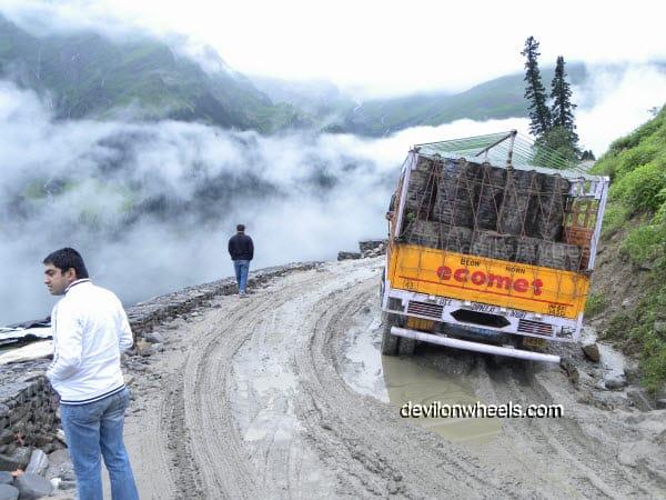 Deep slush on the way towards Rohtang Pass from Manali after rain