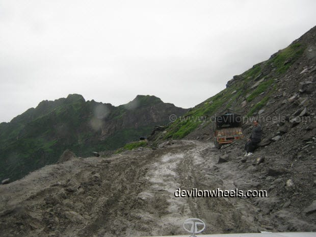 Extremely Bad Road on the way towards Rohtang Pass from Manali