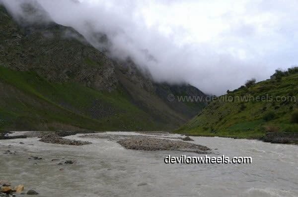 Bhagha River flowing besides Manali - Leh National Highway
