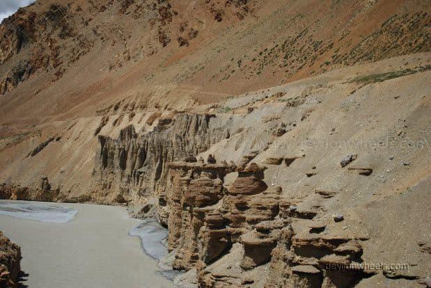 Views on Manali - Leh Highway between Sarchu and Pang