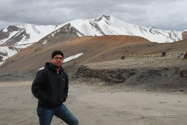 My friend at Tangang La on Manali - Leh Highway