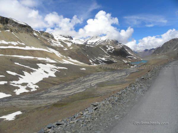 Suraj Tal besides Manali - Leh Highway