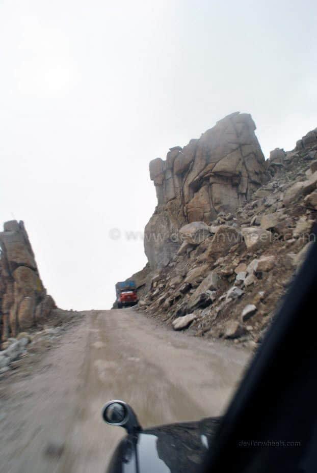 India Gate on the road to Khardung La in Leh - Ladakh