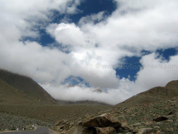 Views on the road to Khardung La in Leh - Ladakh
