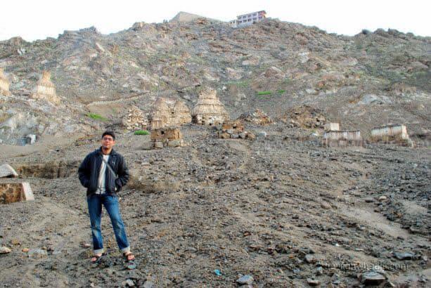 Dheeraj Sharma friend at Shanti Stupa in Leh - Ladakh