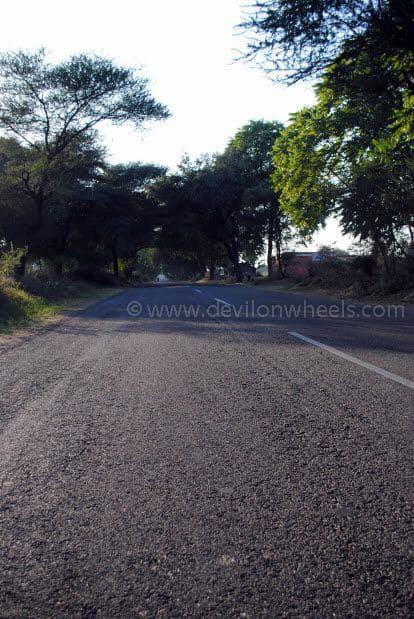 Highway enroute Bikaner