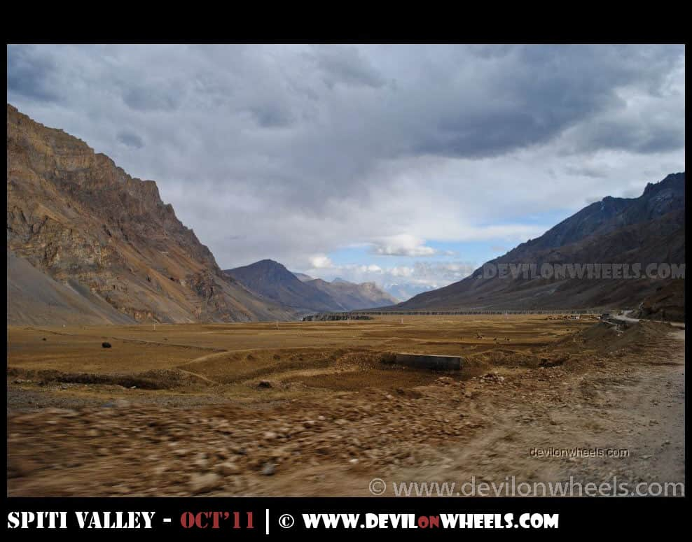 Landscape between Kaza and Losar