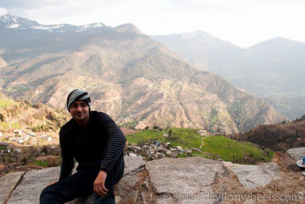 Views from Deoria Tal Trek