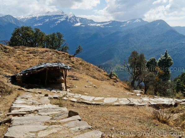 Views from Deoria Tal to Sari Village