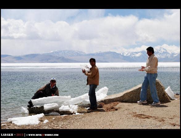 Dheeraj Sharma's Friends Playing with Snow... Tso Moriri Lake...