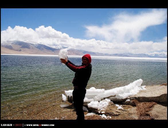 Dheeraj Sharma, Playing with Snow... Tso Moriri Lake...