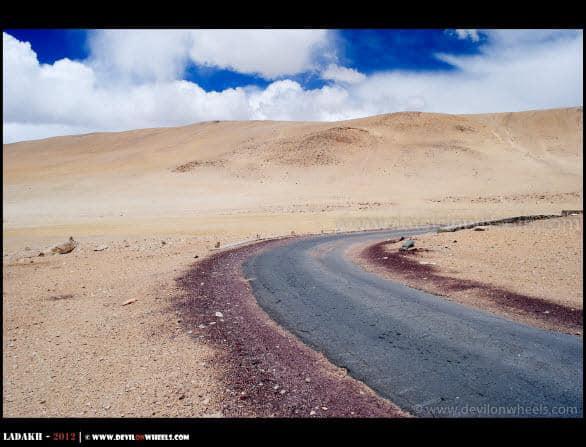 Curving its way to Tso Moriri from Kiagar Tso