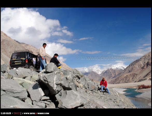 Dheeraj Sharma and Friends Sitting near Shyok River