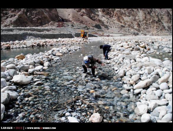 Shyok River on Roads... Making Your Own Way - Nubra Valley to Pangong Tso
