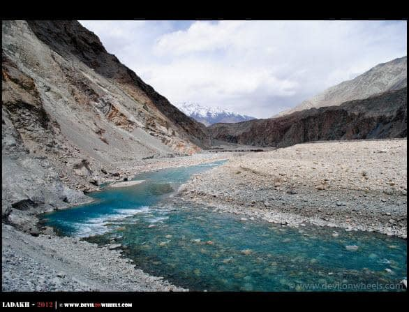 The Aqua Colors of Shyok River
