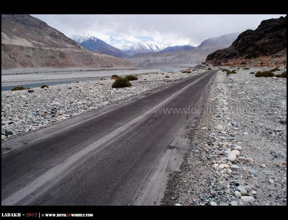 Finally a beautiful road in Nubra Valley