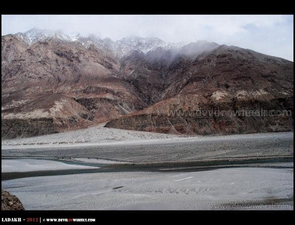 Lovely Shyok River and High Hills