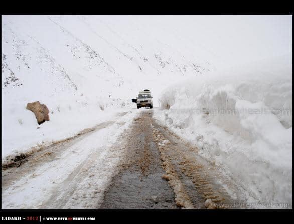 Driving into Snow towards Khardung La Pass