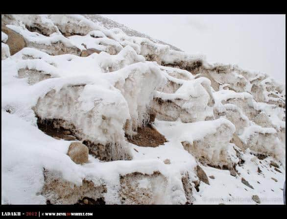 Icicles on the way to Khardung La Pass