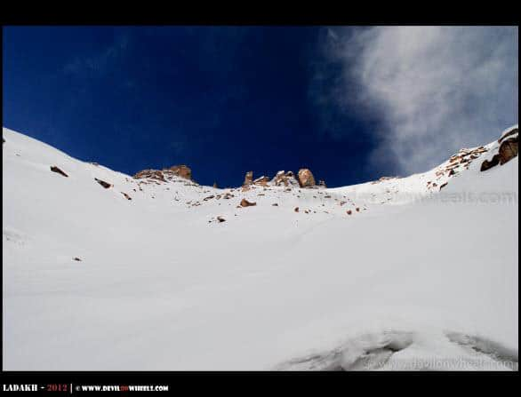 Snow towards Khardung La Pass