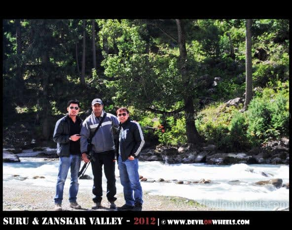 Dheeraj Sharma with friends over Srinagar - Kargil Highway