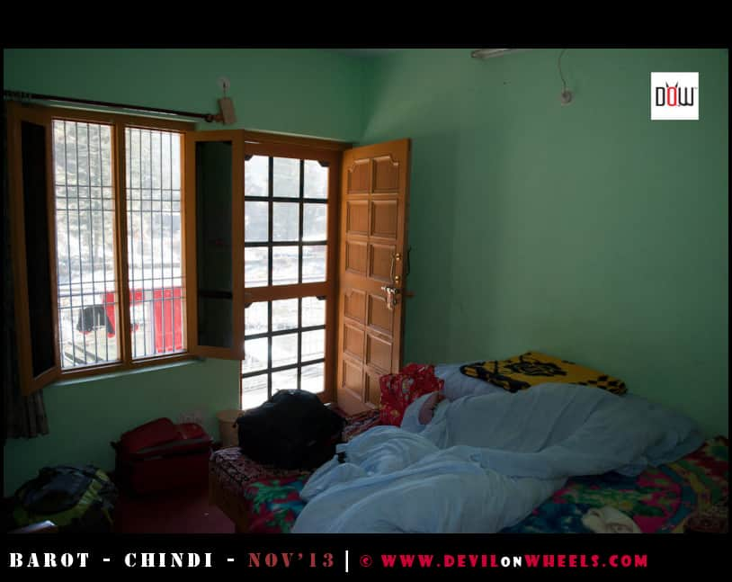 Room of River View Homestay in Barot, Himachal