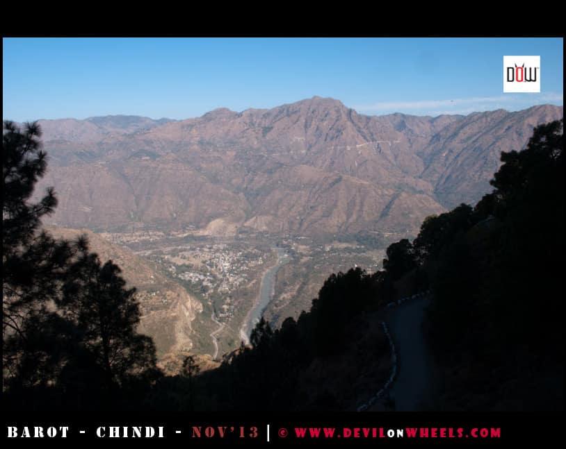 The high views on the way to Naldhera from Tattapani