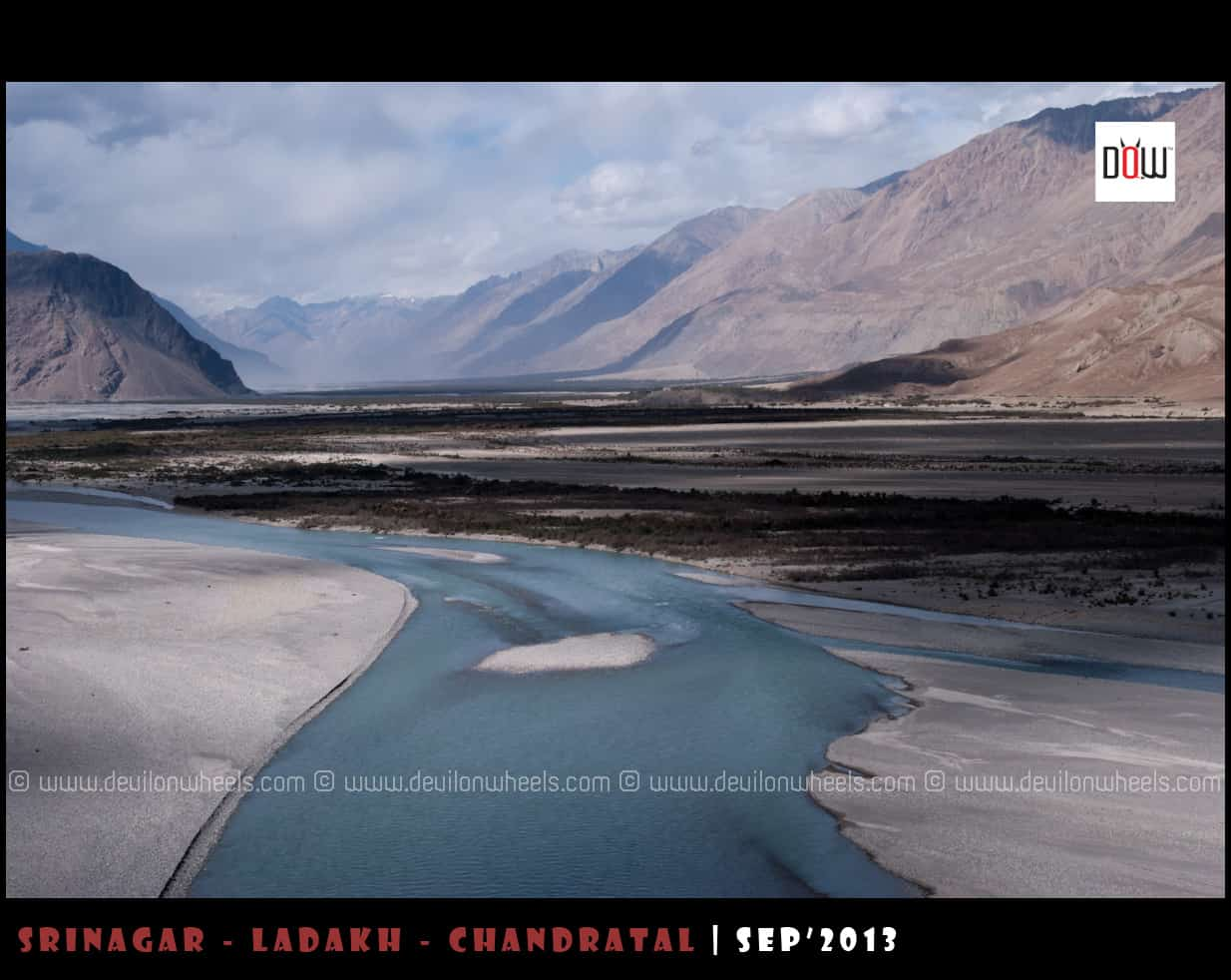 Shyok River and widening views of Nubra Valley
