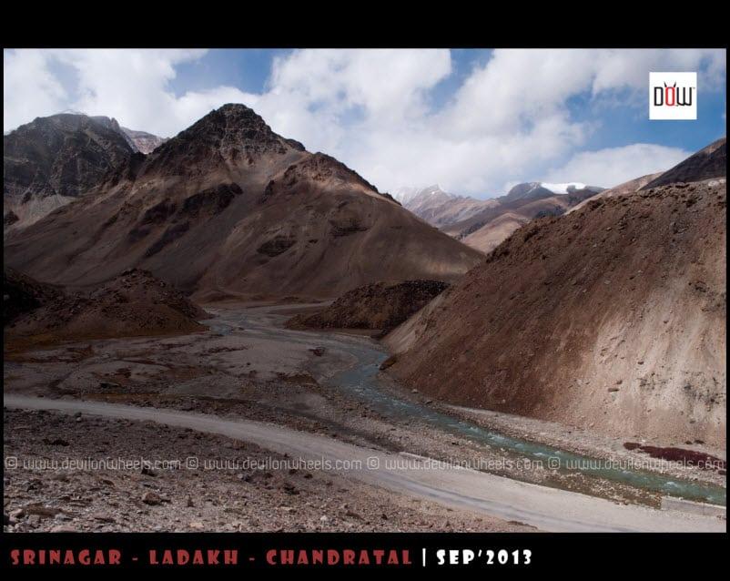 Views towards Baralacha La Pass