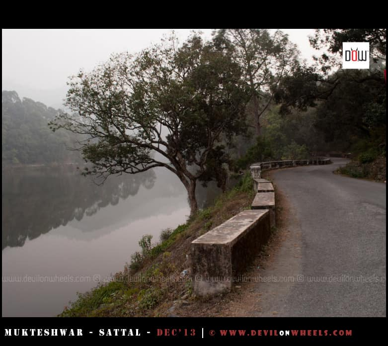 The calmness at the road aside Sattal