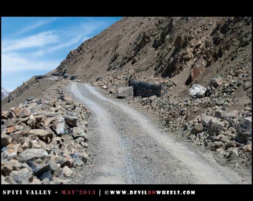 Rough roads leading you to Komik