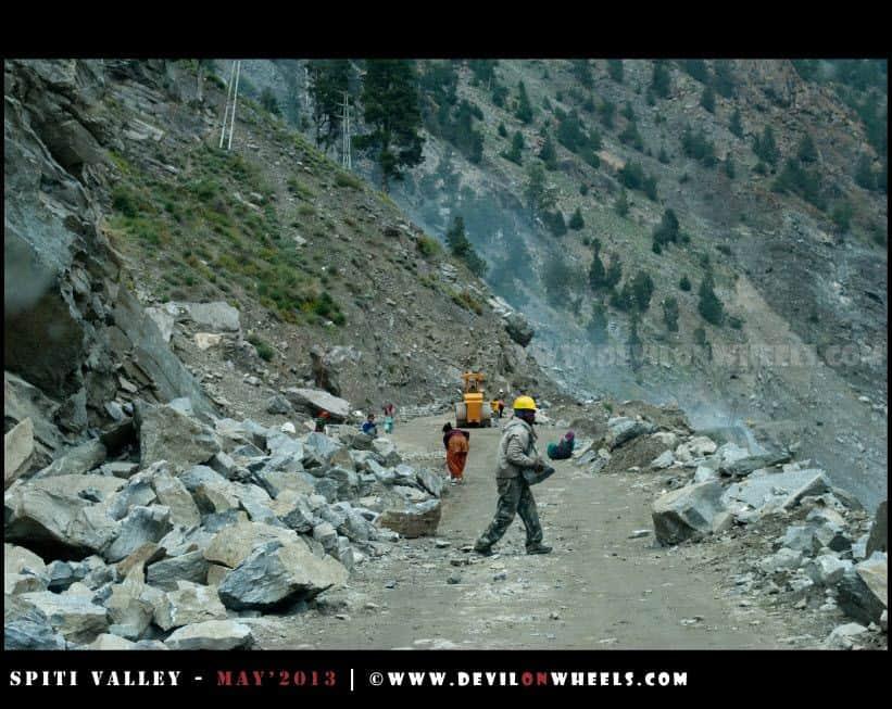 Men at Work on Hindustan - Tibet Highway