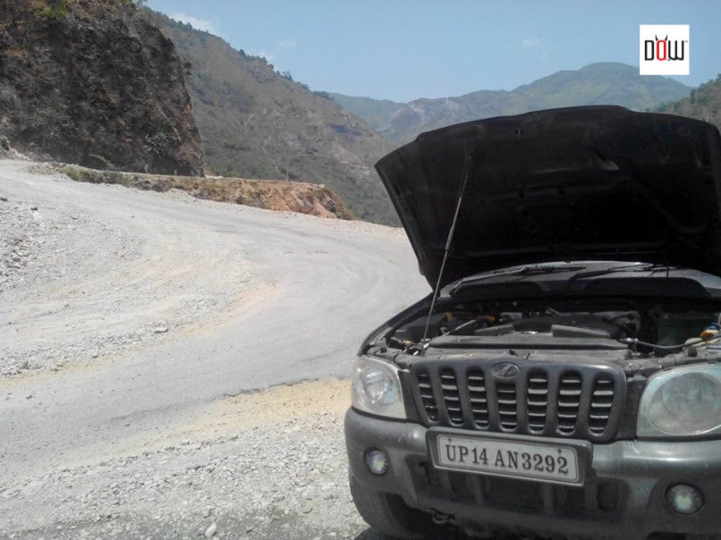 Car Breakdown towards Shillai - Rohru
