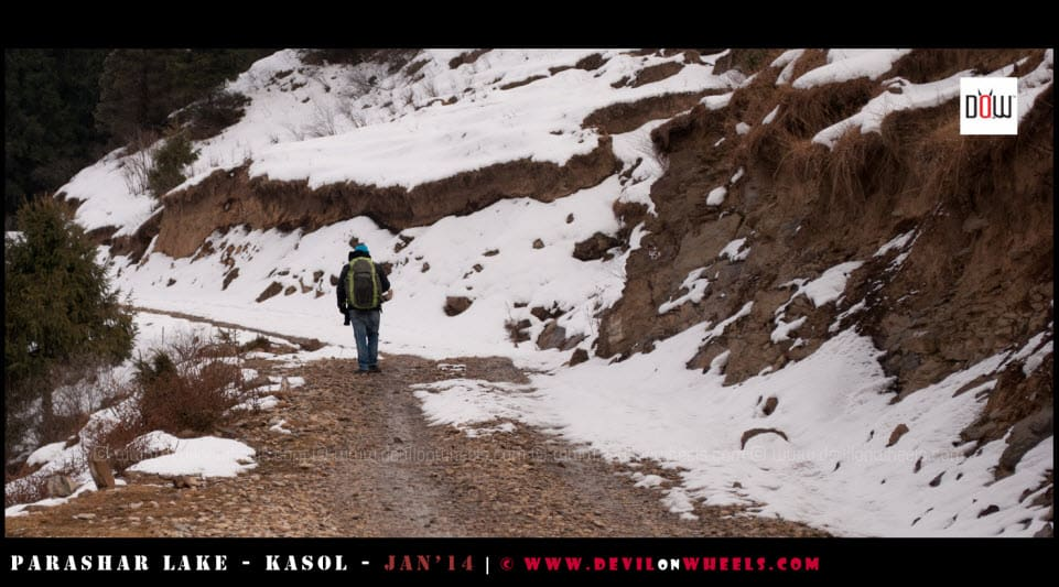 That's me, walking a lonely road to Prashar Lake