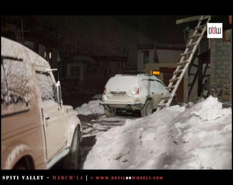 Snowfall in Kaza at night